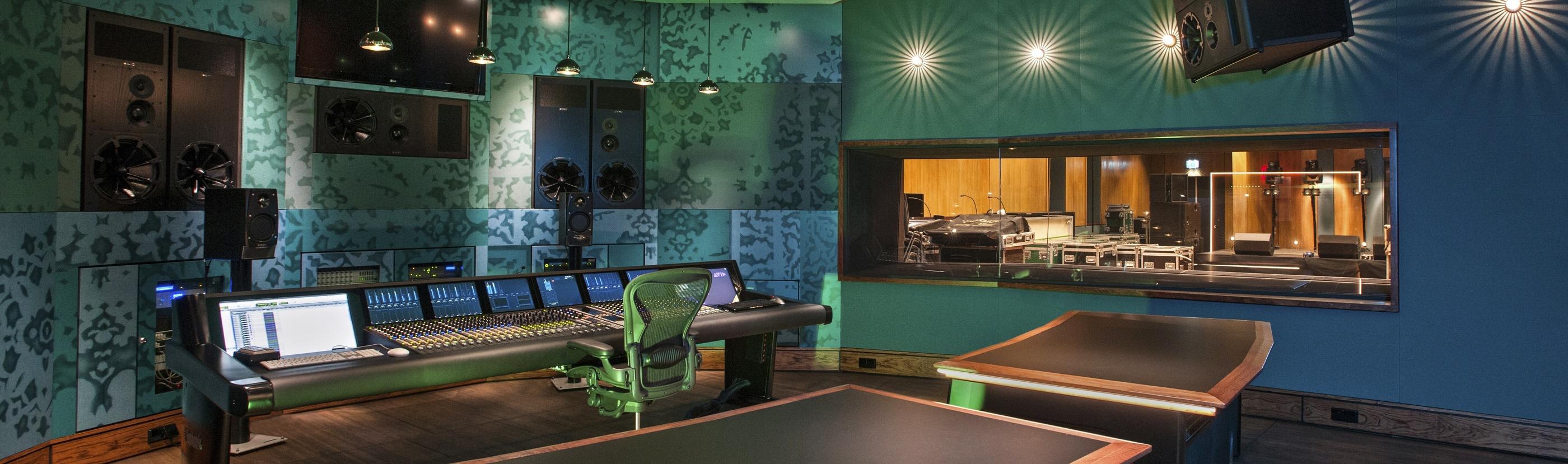 Slider_Wisseloord_Controlekamer-Studio1_V2